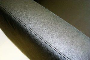 Bestuhlungspolster-Ziernaht-schwarz